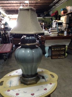 Lamp with decorative shade for Sale in Fort Lauderdale, FL