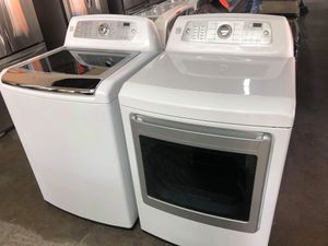 KENMORE TOO LOAD WASHER AND DRYER SET for Sale in Riverside, CA
