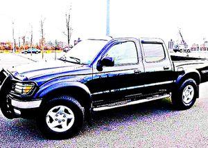 ֆ14OO 4WD Toyota Tacoma 4WD for Sale in Gardena, CA