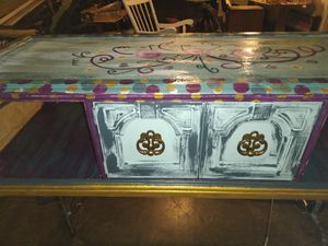 Painted table glossy top coat for Sale in Godfrey, IL