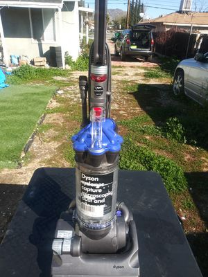 Great deal brand new Dyson dc33 work excellent for Sale in Moreno Valley, CA
