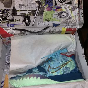 Kyrie 7 Special FX size 11.5 - New for Sale in Miami, FL