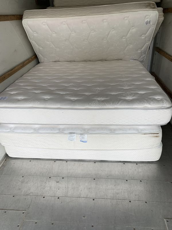 Used King size mattresses *good condition*