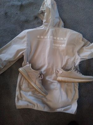 Oxford tan yeezy boost with jacket for Sale in Detroit, MI