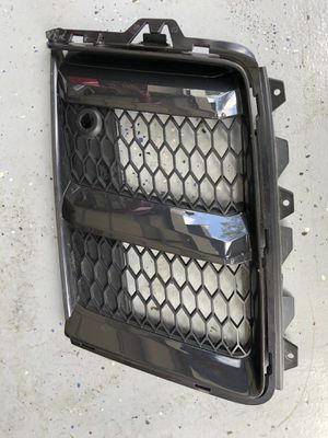 OEM AUDI R8 16 17 18 FRONT BUMPER LEFT AIR GUIDE GRILL 4S0807683A 4S0807681A for Sale in Federal Way, WA