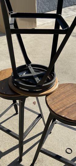 Bar Stools 1 Missing Screw for Sale in Baldwin Park,  CA