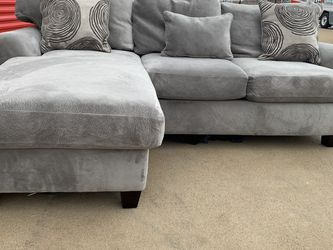 Can deliver - Small grey reversible sectional couch sofa for Sale in Burleson,  TX