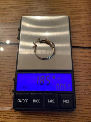 Scrap gold ear ring 10kt 1.85 grams for Sale in Fort Myers, FL