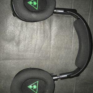 Xbox One Headset: Turtle Beach Stealth 600 for Sale in Santa Maria, CA