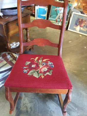 Antique rocker for Sale in Pinellas Park, FL