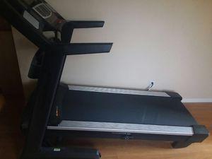 Treadmill: NordicTrack Elite 5700 for Sale in Hillsboro, OR