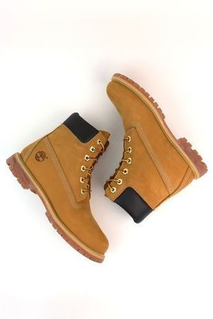 Timbs Size 9M for Sale in Columbia, SC