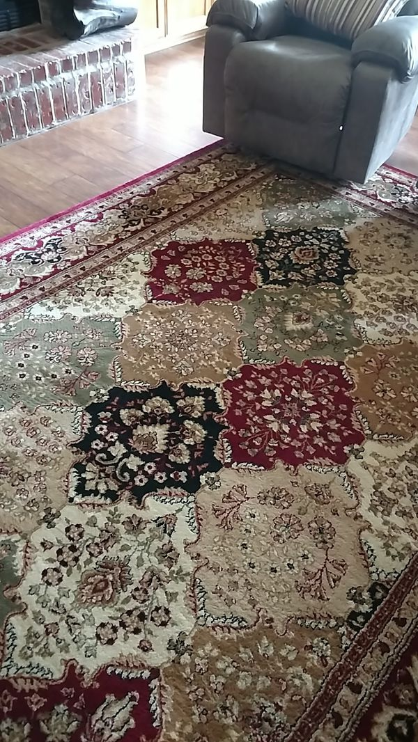 10'9 x 7'9 rug