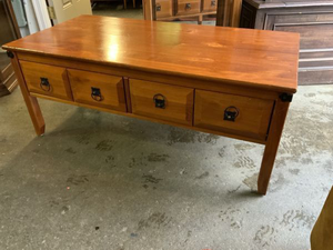 Very Nice Four Drawer Coffee Table - Delivery Available for Sale in Tacoma, WA