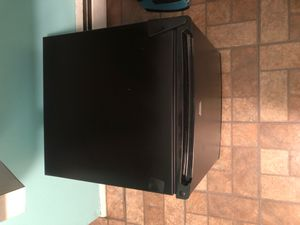 Sunbeam mini fridge for Sale in IND HILLSIDE, NJ