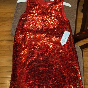 GIRLS RED SEQUIN DRESS SIZE 7/8 for Sale in Brentwood, MD