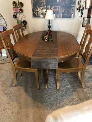 Great starter table for Sale in Sunbury, OH