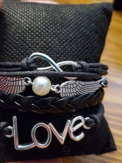 Black Bracelet for Sale in Wenatchee,  WA