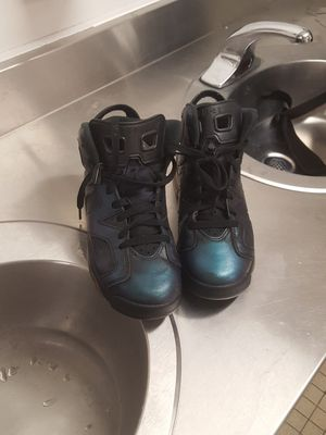 Jordan's 6's youth for Sale in Columbus, OH