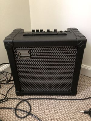 Roland cube 30 guitar amp for Sale in Chesapeake, VA