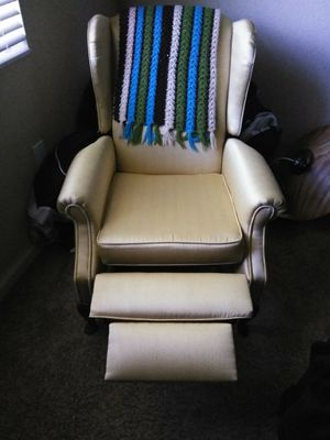Gold recliner for Sale in Palm Beach, FL