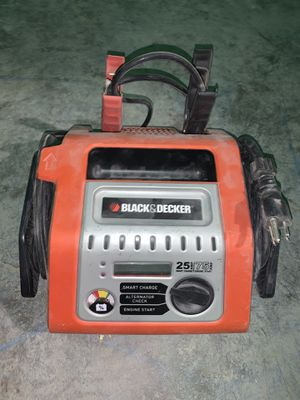 Black & Decker 25-Amp Simple Battery Charger with 75-Amp Engine Start for Sale in West Nyack, NY