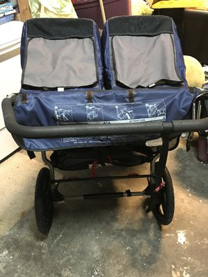 Double BOB stroller for Sale in Lemon Grove, CA