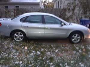 Ford Taurus 2003 for Sale in Cleveland, OH