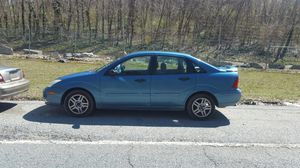 00 FORD FOCUS for Sale in Fort Washington, MD