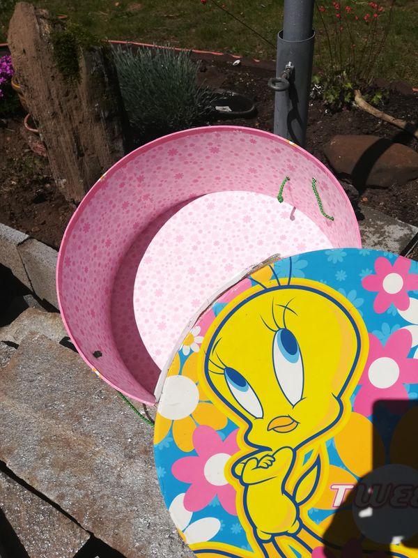 Tweety bird box