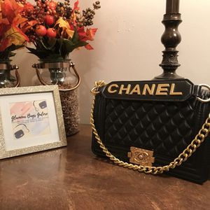 Glamour Bags Galore for Sale in Beachwood, OH