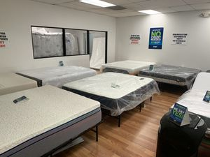 Columbus Day mattress sale 1 day only for Sale in Renton, WA