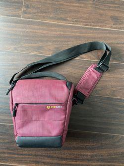 Red Dslr Camera Sling Bag for Sale in Aurora,  CO