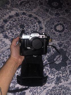 Nikon vintage camera for Sale in Aurora,  CO