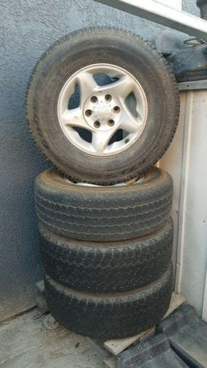 Set of tires (5) for Sale in Modesto, CA