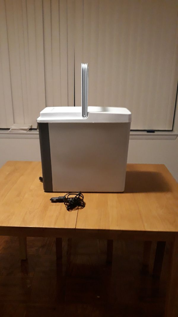 Car/Truck Cooler with built in Fan