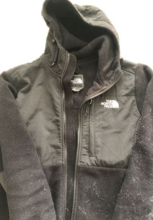 North Face Medium jacket for Sale in Frederick, MD