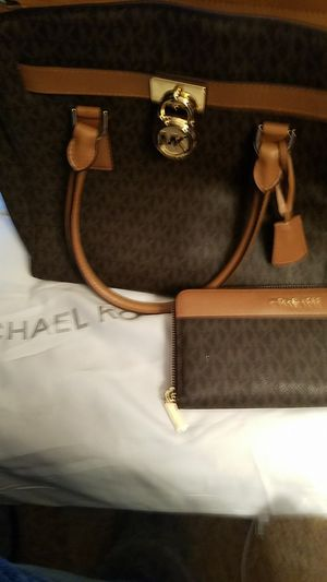Authentic Michael Kors Purse and Wallet for Sale in Salt Lake City, UT