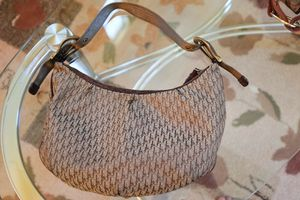 Authentic Christian Dior shoulder bag for Sale in Elk Grove, CA