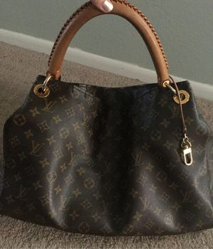 Louis Vuitton Artsy for Sale in Canyon Lake, CA