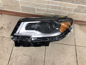 2019 Jeep Compass headlight led Left side for Sale in Detroit, MI