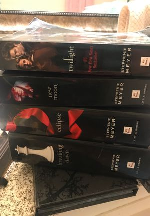 Twilight complete set for Sale in Upland, CA