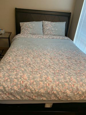 Bed Frame - Queen Size for Sale in Seattle, WA