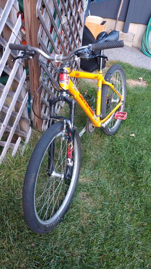 Cannondale f400 cad 2 for Sale in Nashua, NH