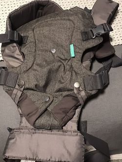 Baby Carrier for Sale in Bremerton,  WA