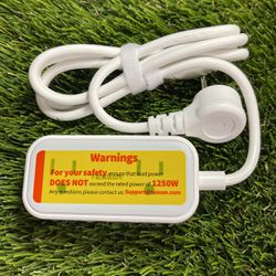 Small Flat Plug Power Strip for Sale in Buena Park,  CA