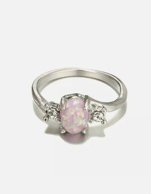 NEW Nuevo Women's Silver Plated Imitation Opal Ring Size 7 in Plastic Package for Sale in Modesto, CA