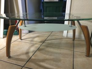 Table center ... Mesa de centro for Sale in Miami, FL