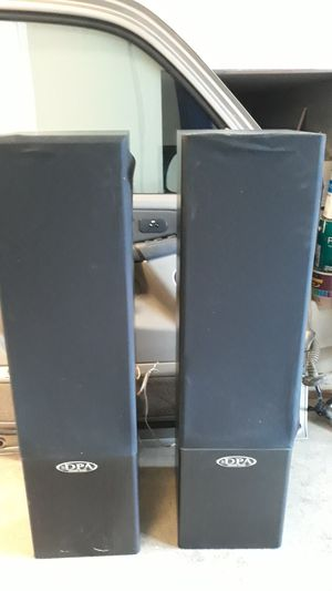 Digital pro audio speakers for Sale in Everett, WA
