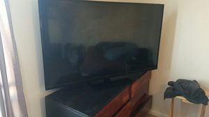 Vizio 65 in 1080p smart tv for Sale in NC, US